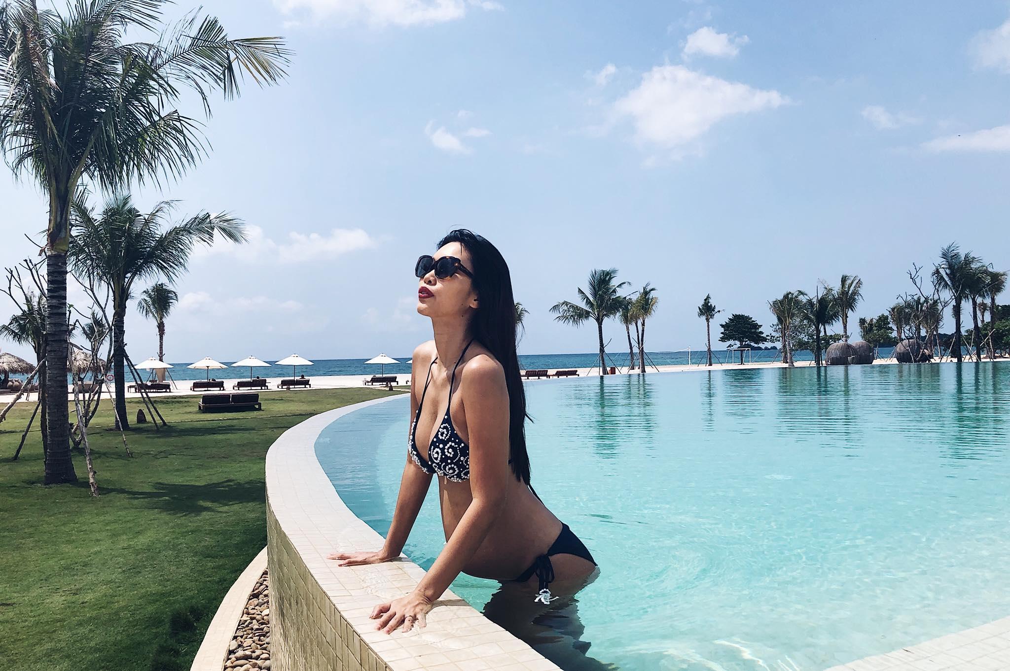 Diện bikini gợi cảm, Hà Anh lần đầu khoe trọn bụng bầu 5 tháng-1
