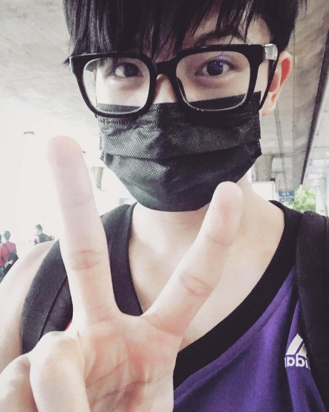 Harry Lu: đẹp trai ngời ngời một thời giờ khiến nhiều người không nhận ra sau phẫu thuật mũi-4