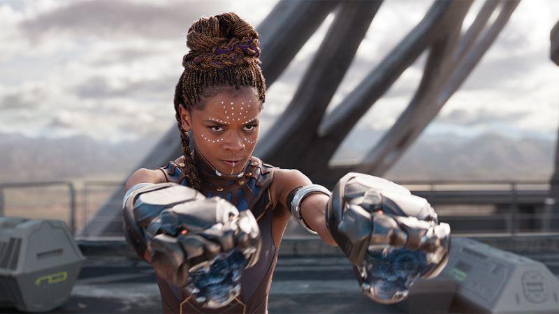 'Black Panther: Chiến binh báo đen' lập kỷ lục kinh ngạc tại phòng vé-1