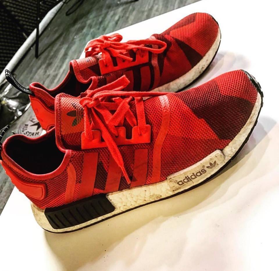Ngất ngây trước bộ sưu tập giầy sneaker đắt đỏ của Harry Lu-7