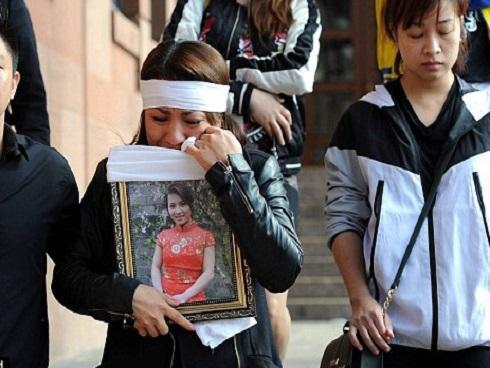 Chấn động: Một phụ nữ Việt Nam bị hãm hiếp, thiêu chết ở Anh