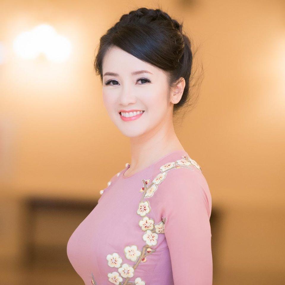 Hồng Nhung - Cát Phượng - Cẩm Ly: Bộ ba mỹ nhân tuổi Tuất U50 sở hữu nhan sắc trường tồn-1