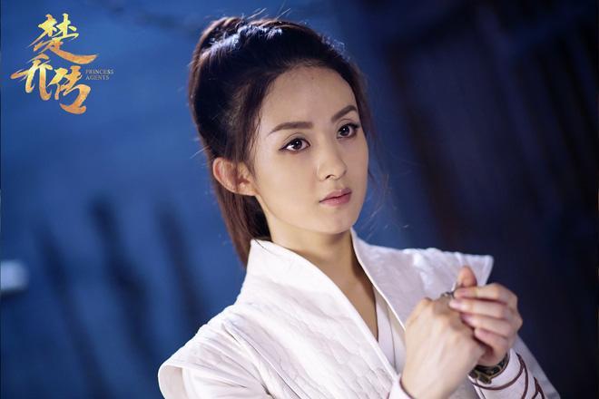 Triệu Lệ Dĩnh: Từ cô gái nông thôn đến Nữ vương màn ảnh Hoa ngữ-1