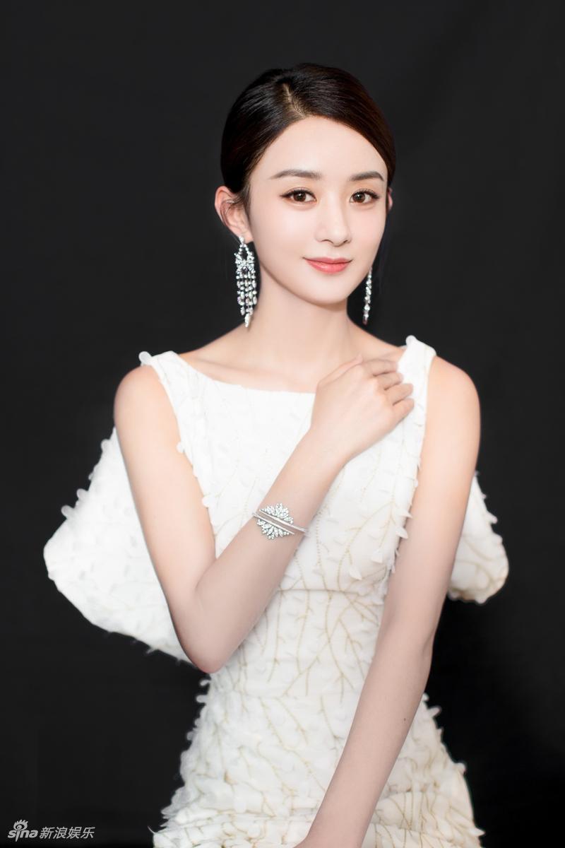 Triệu Lệ Dĩnh: Từ cô gái nông thôn đến Nữ vương màn ảnh Hoa ngữ-11