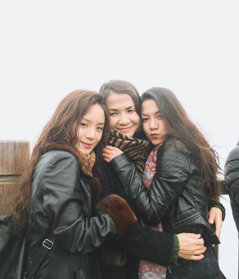 Bạn gái Huyme khoe ảnh gia đình và nhan sắc không hề kém cạnh của cô chị-4