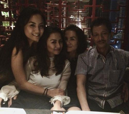 Bạn gái Huyme khoe ảnh gia đình và nhan sắc không hề kém cạnh của cô chị-6