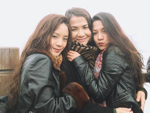 Bạn gái Huyme khoe ảnh gia đình và nhan sắc 'không hề kém cạnh' của cô chị
