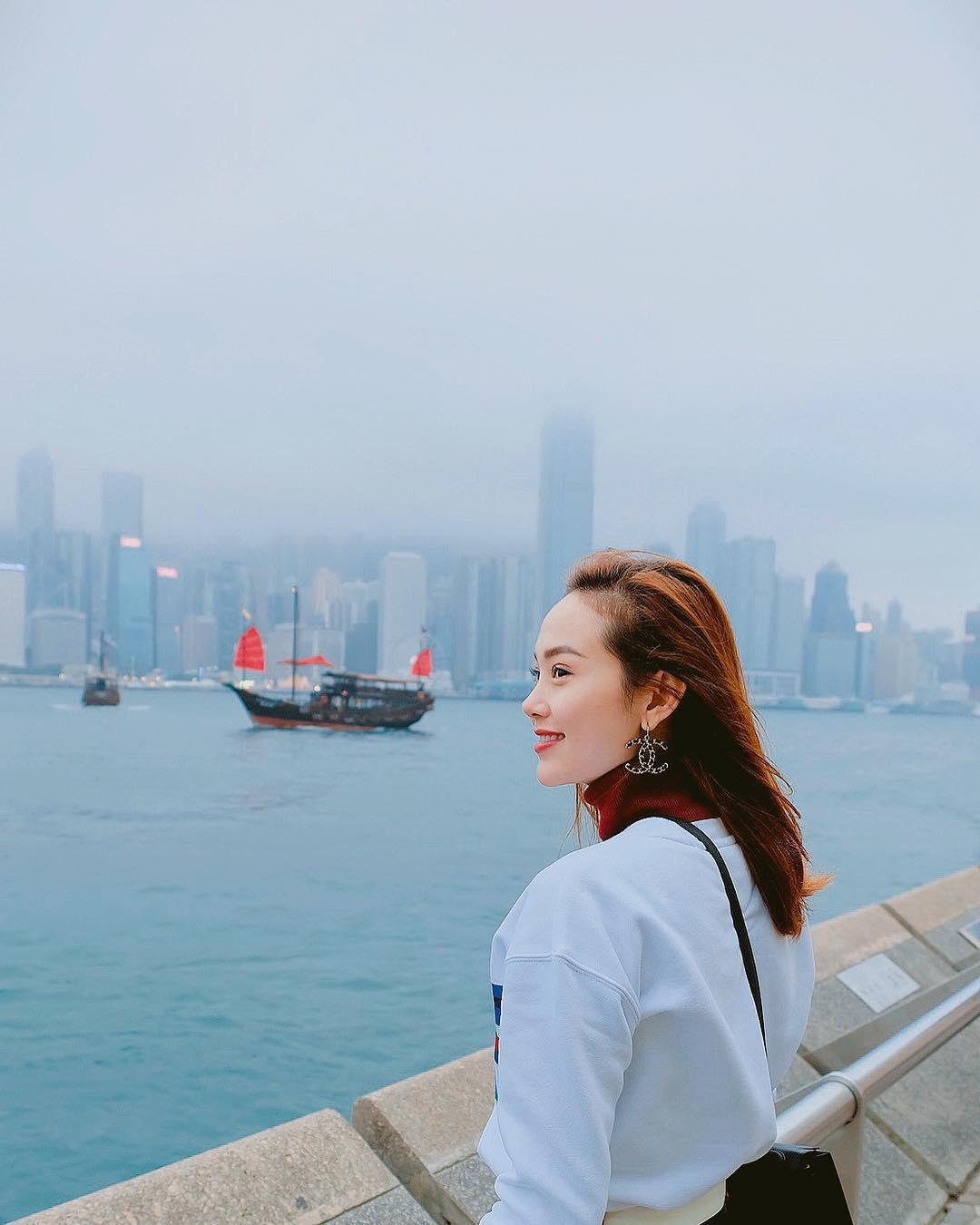 Tin sao Việt: Tăng Thanh Hà hạnh phúc trong vòng tay ông xã xuất ngoại du xuân-5