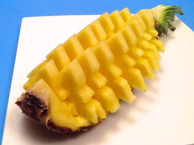 Bỏ túi các cách bổ, gọt vỏ hoa quả đơn giản, nhanh gọn cho chị em-4
