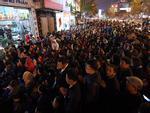 Ảnh HOT trong tuần: Biển người chen chân, vái vọng trong lễ cúng sao giải hạn tại chùa Phúc Khánh