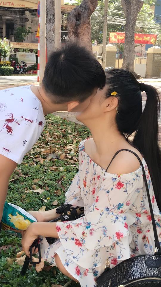 Tin sao Việt: Elly Trần bán nude khoe cơ cuồn cuộn-6