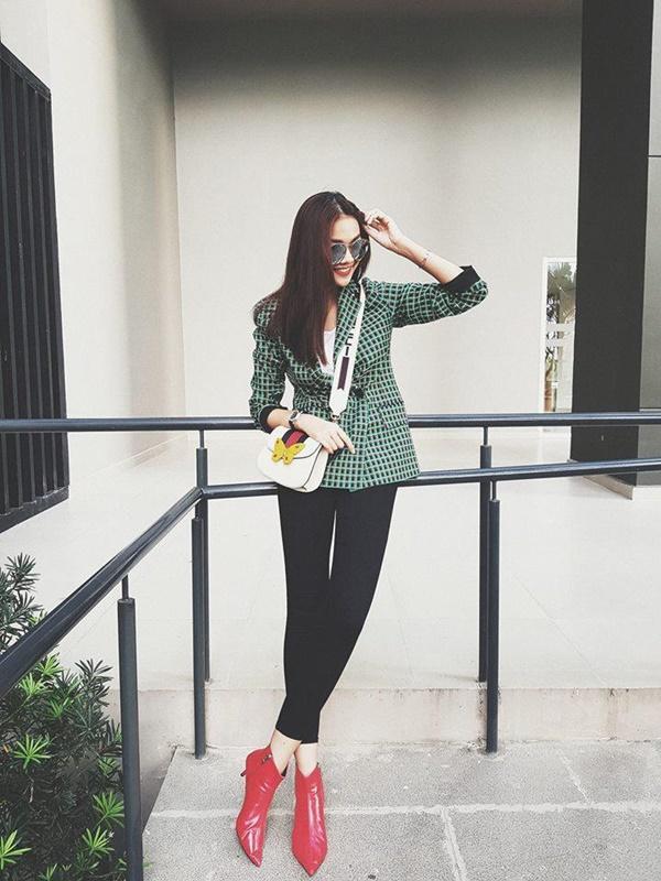 Chiếc áo hot nhất đầu năm 2018 được Thanh Hằng, Hương Giang, Lệ Hằng cùng diện-2