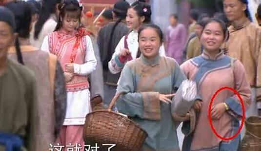Loạt ảnh tiết lộ sự thật chết cười: Diễn viên quần chúng sinh ra chỉ để phá hoại-12