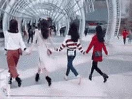Điệu nhảy vui nhộn có khả năng 'củng cố' tình bạn