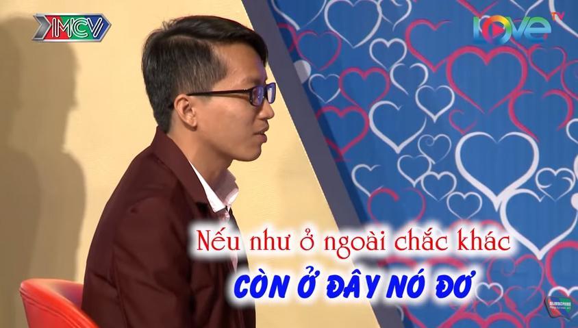 Chàng trai bất ngờ bị đơ, vừa hát vừa xé quần tỏ tình bạn gái trong Bạn muốn hẹn hò-8