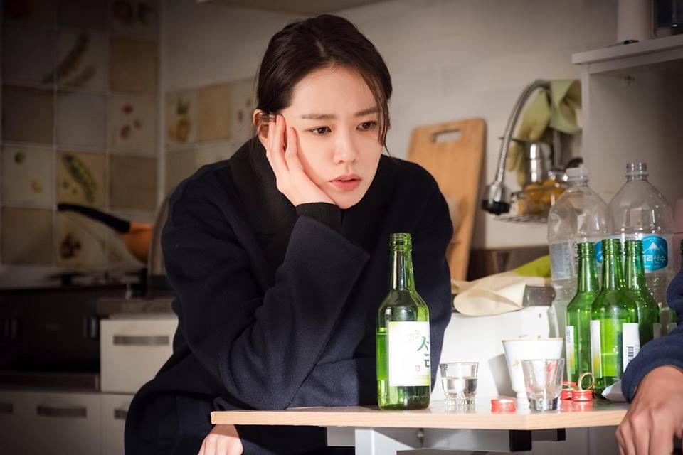 Sao Hàn 26/2: Kim Yoo Jung phải nhập viện, tạm ngừng hoạt động vì đổ bệnh-2