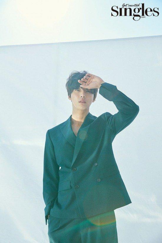 Sao Hàn 26/2: Kim Yoo Jung phải nhập viện, tạm ngừng hoạt động vì đổ bệnh-9