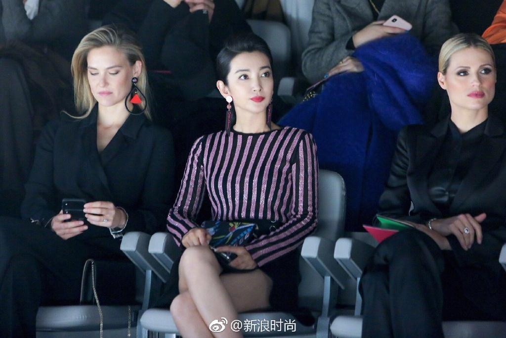 Dàn sao tại Milan Fashion Week: Lý Băng Băng cực sang chảnh, Đường Tăng Ngô Diệc Phàm khiến fan khóc thét-3