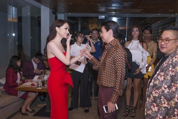 Hương Giang Idol đọ sắc đối thủ nặng kí nhất của Hoa hậu chuyển giới quốc tế 2018-4