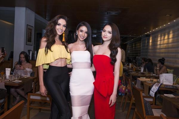 Hương Giang Idol đọ sắc đối thủ nặng kí nhất của Hoa hậu chuyển giới quốc tế 2018-9