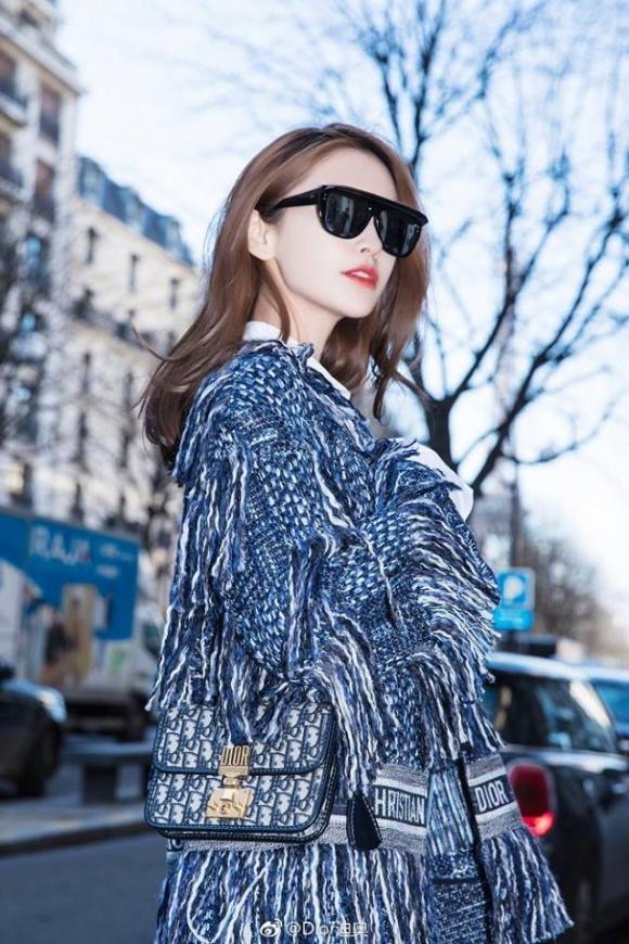 Thần thái hơn người, Angela Baby chiếm trọn spotlight tuần lễ thời trang Paris-2