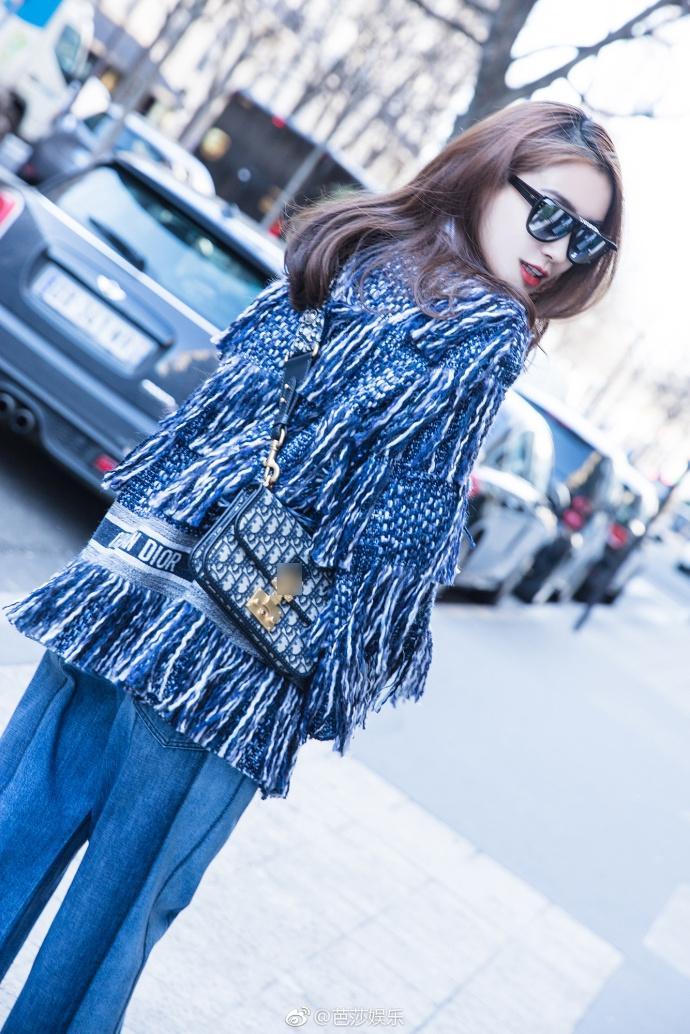 Thần thái hơn người, Angela Baby chiếm trọn spotlight tuần lễ thời trang Paris-7
