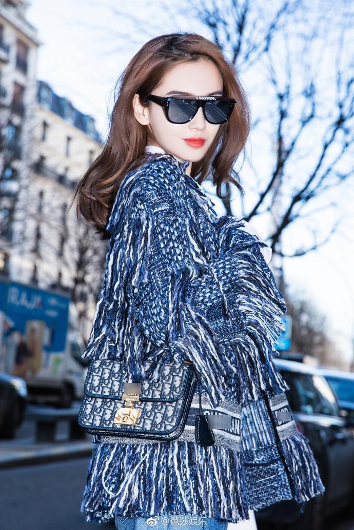 Thần thái hơn người, Angela Baby chiếm trọn spotlight tuần lễ thời trang Paris-1