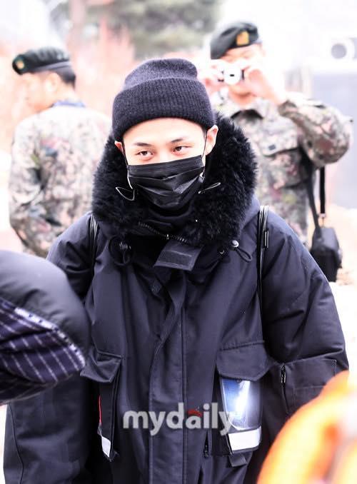 Big Bang G-Dragon cạo trọc, chính thức tạm biệt người hâm mộ đi nhập ngũ-6