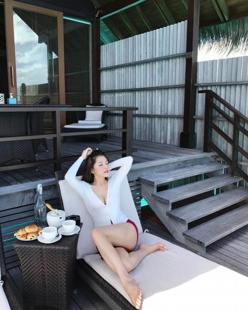 'Bạn gái tin đồn' Soobin Hoàng Sơn chăm chỉ khoe thân hình sexy dù chỉ cao 'ba mét bẻ đôi'-7