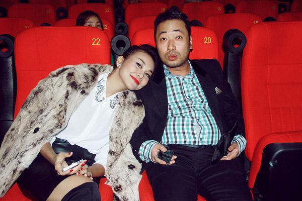 Điểm danh những tình bạn thân trái dấu hút nhau của showbiz Việt-7