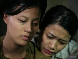Nữ chính phim 'Thương nhớ ở ai' bị tát: 'Trà My rất láo và vô văn hóa!'