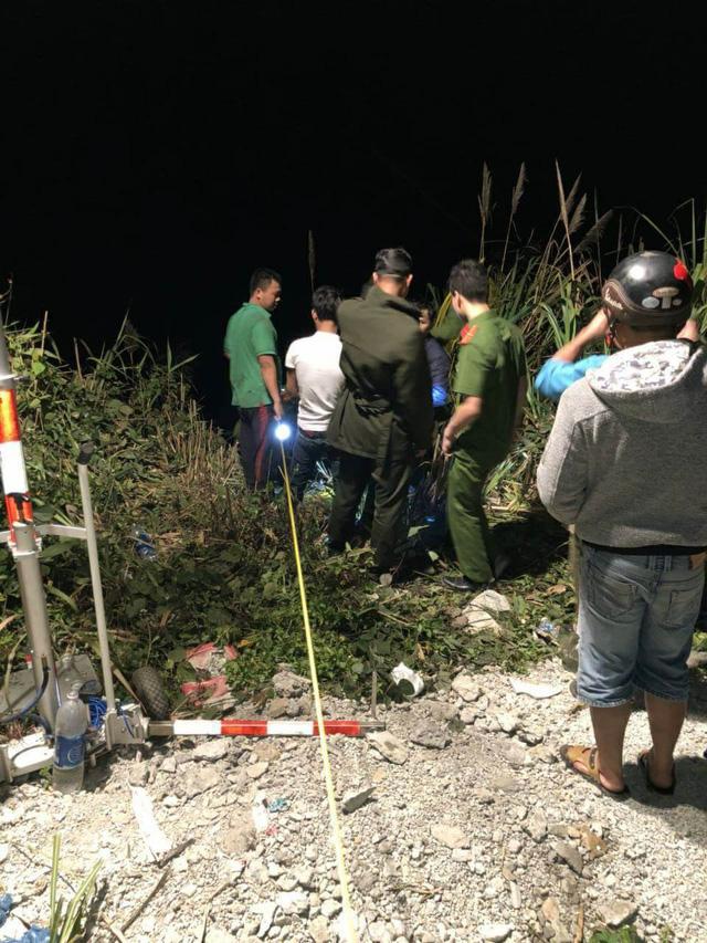 Xe khách lao xuống vực sâu 100m, tài xế tử vong, 19 người bị thương-5