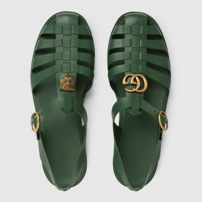 Sandal giá 490 USD của Gucci y chang dép rọ bộ đội Việt Nam-1