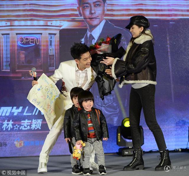 Lâm Chí Dĩnh lần đầu công khai xuất hiện cùng vợ sau 14 năm-1