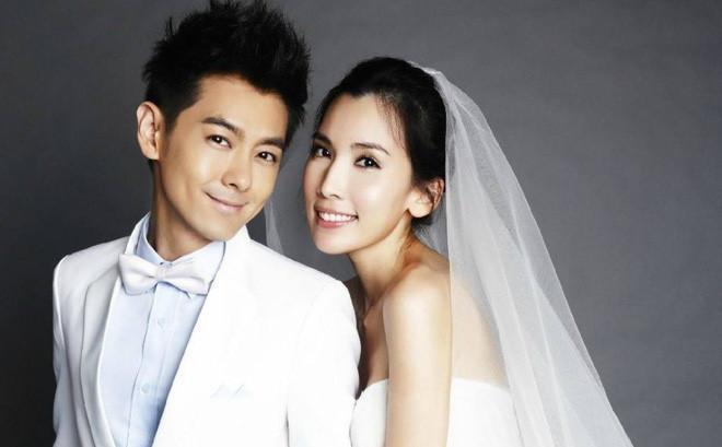 Lâm Chí Dĩnh lần đầu công khai xuất hiện cùng vợ sau 14 năm-7