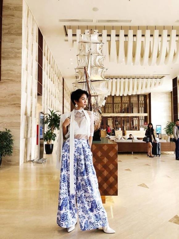 Có ai đáng yêu như HHen Niê, trở thành Hoa hậu Hoàn vũ vẫn giản dị đến mức đi giày tróc da-1