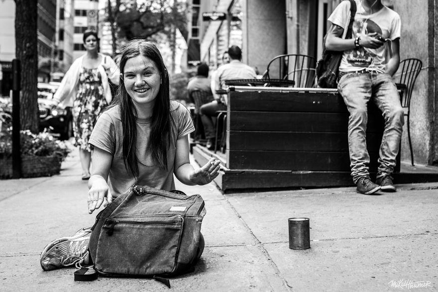 Trò chuyện cùng người vô gia cư 4 năm, nhiếp ảnh gia người Pháp đã rút ra nhiều bài học thấm thía-4