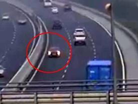 Clip ô tô chạy ngược chiều trên cao tốc gây phẫn nộ: Nữ tài xế khai gì?