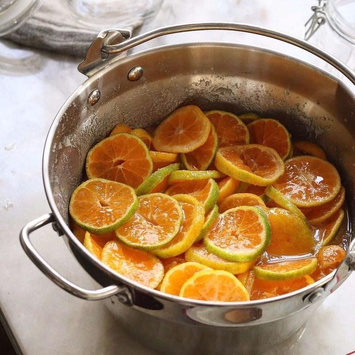 Cách làm cam ngâm đường phòng trừ cảm cúm hiệu quả trong trời nồm-4