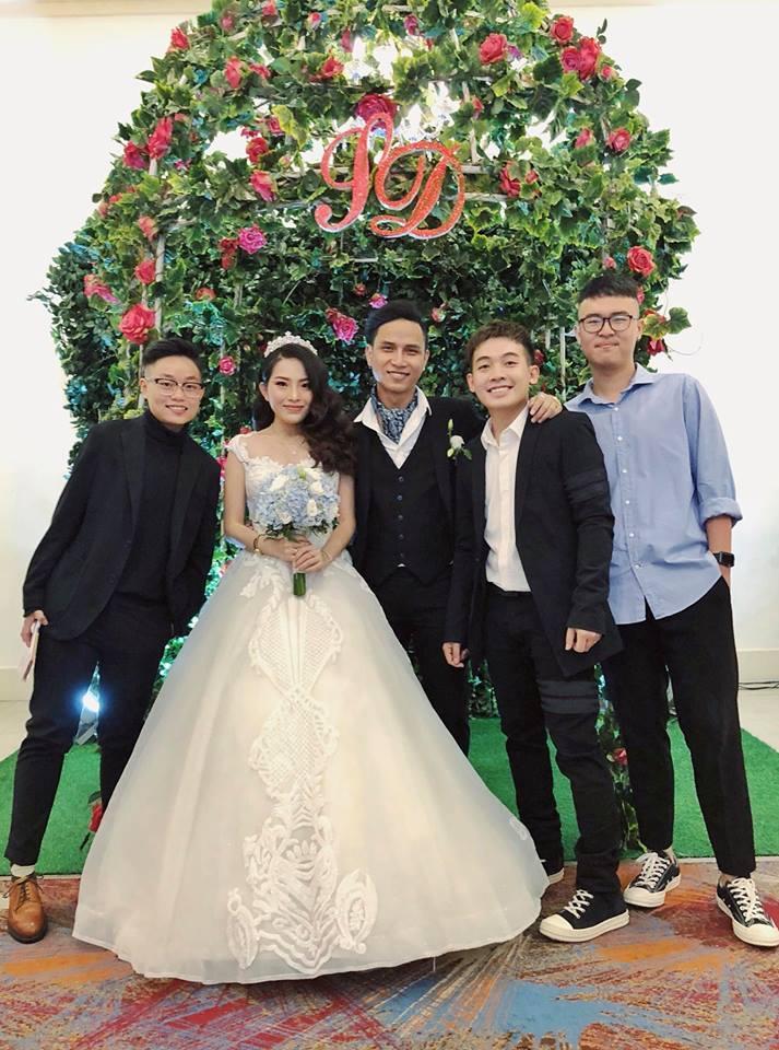 Hot girl - hot boy Việt: BB Trần tung bộ ảnh Phía sau một cô gái chất hơn nước cất-7