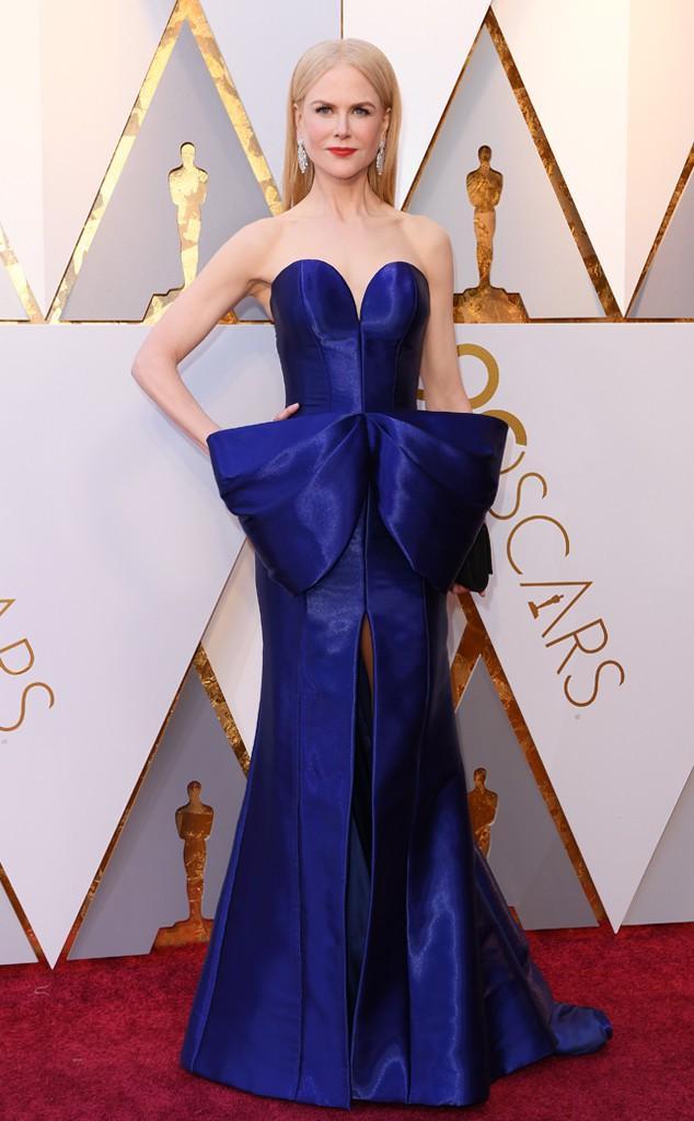 Thảm đỏ Oscar 2018: Nicole Kidman thon thả quyến rũ không kém cạnh đàn em dù đã hơn 50 tuổi-5