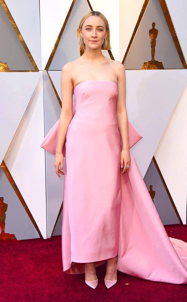 Thảm đỏ Oscar 2018: Nicole Kidman thon thả quyến rũ không kém cạnh đàn em dù đã hơn 50 tuổi-11