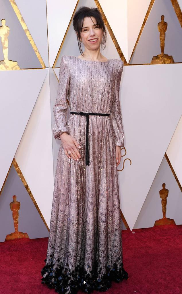 Thảm đỏ Oscar 2018: Nicole Kidman thon thả quyến rũ không kém cạnh đàn em dù đã hơn 50 tuổi-12