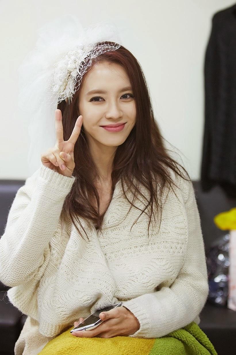 Đẳng cấp nhan sắc U40 của mợ ngố Song Ji Hyo: Mỹ nhân mặt mộc lên truyền hình nhiều nhất showbiz Hàn-2