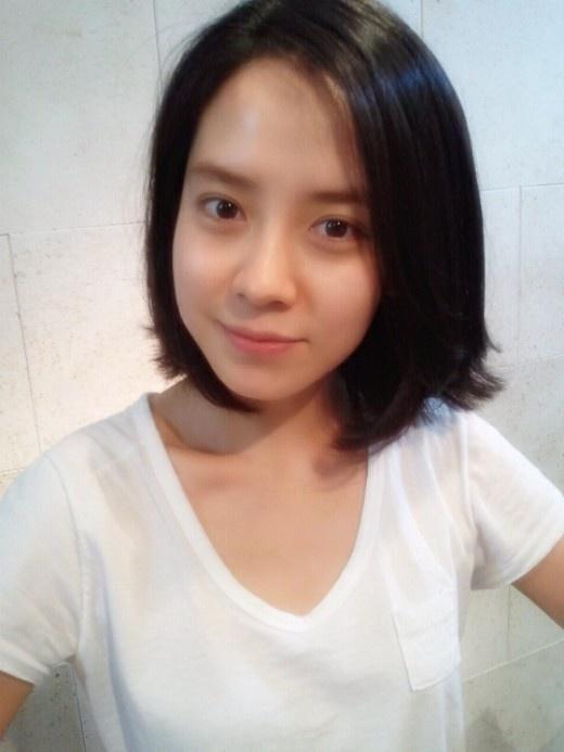 Đẳng cấp nhan sắc U40 của mợ ngố Song Ji Hyo: Mỹ nhân mặt mộc lên truyền hình nhiều nhất showbiz Hàn-5