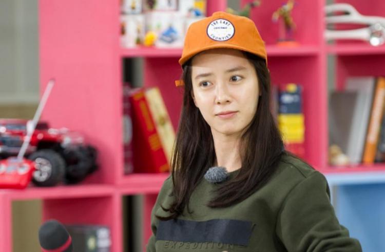 Đẳng cấp nhan sắc U40 của mợ ngố Song Ji Hyo: Mỹ nhân mặt mộc lên truyền hình nhiều nhất showbiz Hàn-10