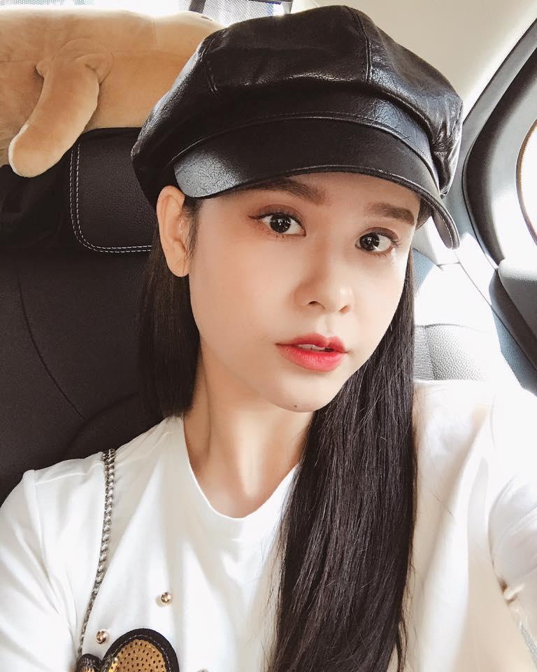 Tin sao Việt: Hoàng Thùy tuyên bố thích mặc ren đỏ sau một câu chuyện chia tay ồn ào trên mạng-6
