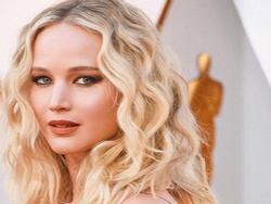 Chàng trai Việt 'tút tát' cho loạt sao thế giới, giúp Jennifer Lawrence hút hồn tại Oscar 2018