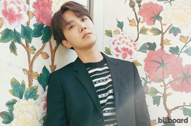 Vượt cả G-Dragon, Taeyang, j-hope (BTS) trở thành nghệ sỹ solo leo cao nhất trên Billboard 200-1
