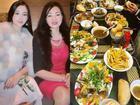 Hot girl - hot boy Việt: Huyền Baby hết lời ngợi ca món ngon do chính tay mẹ ruột nấu